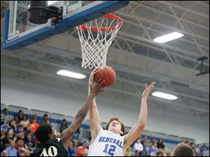 Start's Michael Mitchell (40) battles Anthony Wayne's Jake Reid for the rebound.