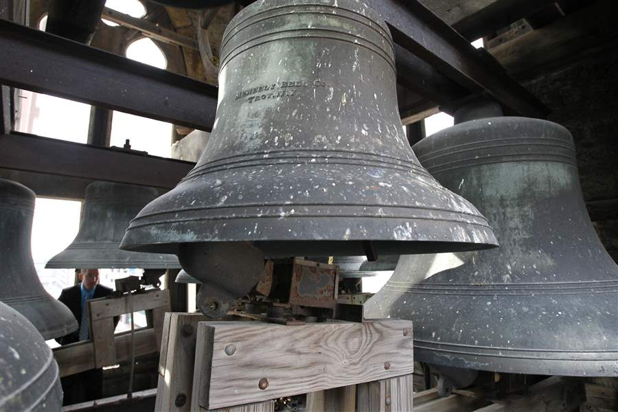 Trinity-Episcopal-bells
