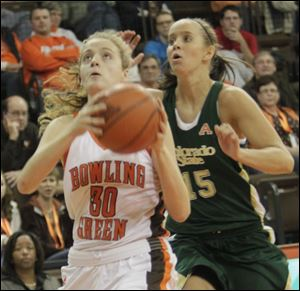 BGSU's Miriam Justinger looks to shoot while defended by Colorado State's Amber Makeever in Saturday's contest at the Stroh Center.