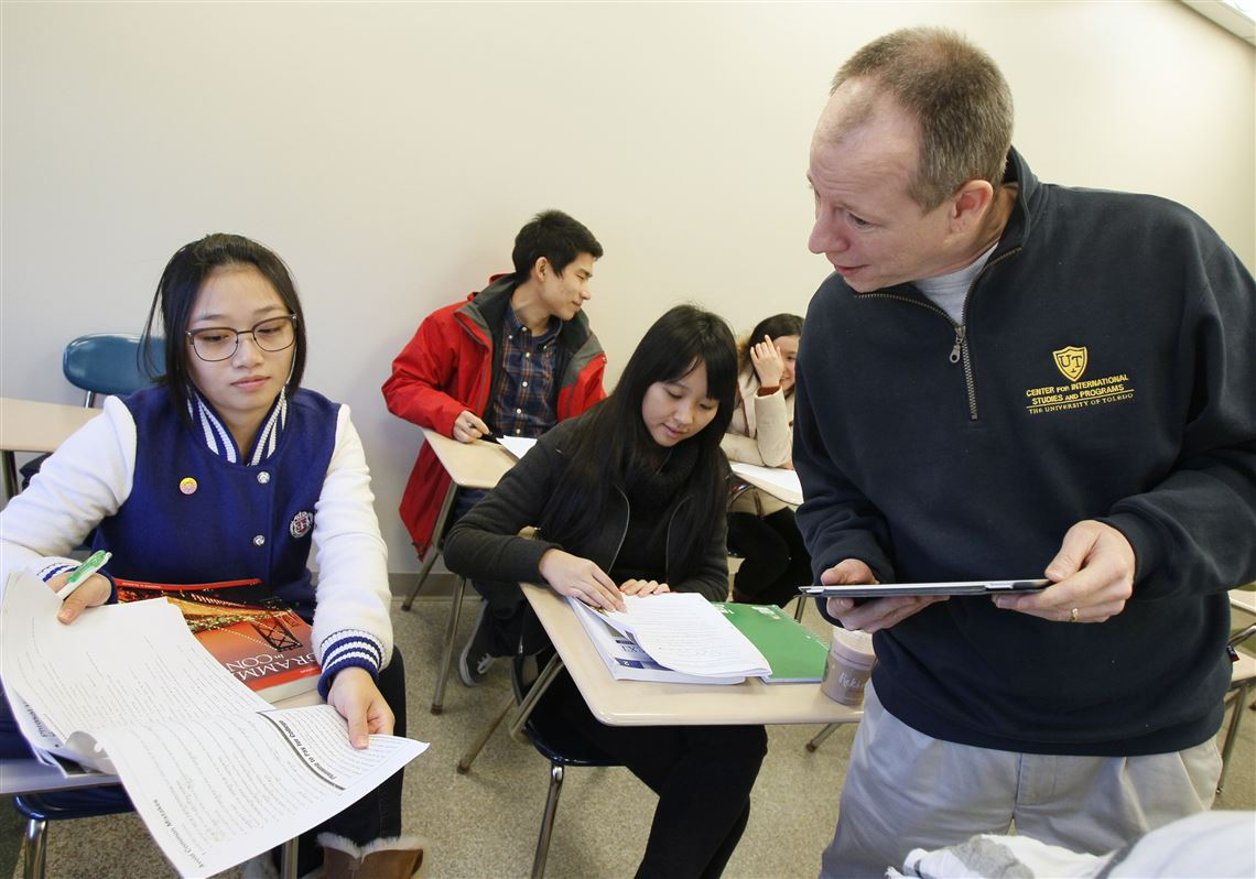 Chinese students flock to area schools | Toledo Blade