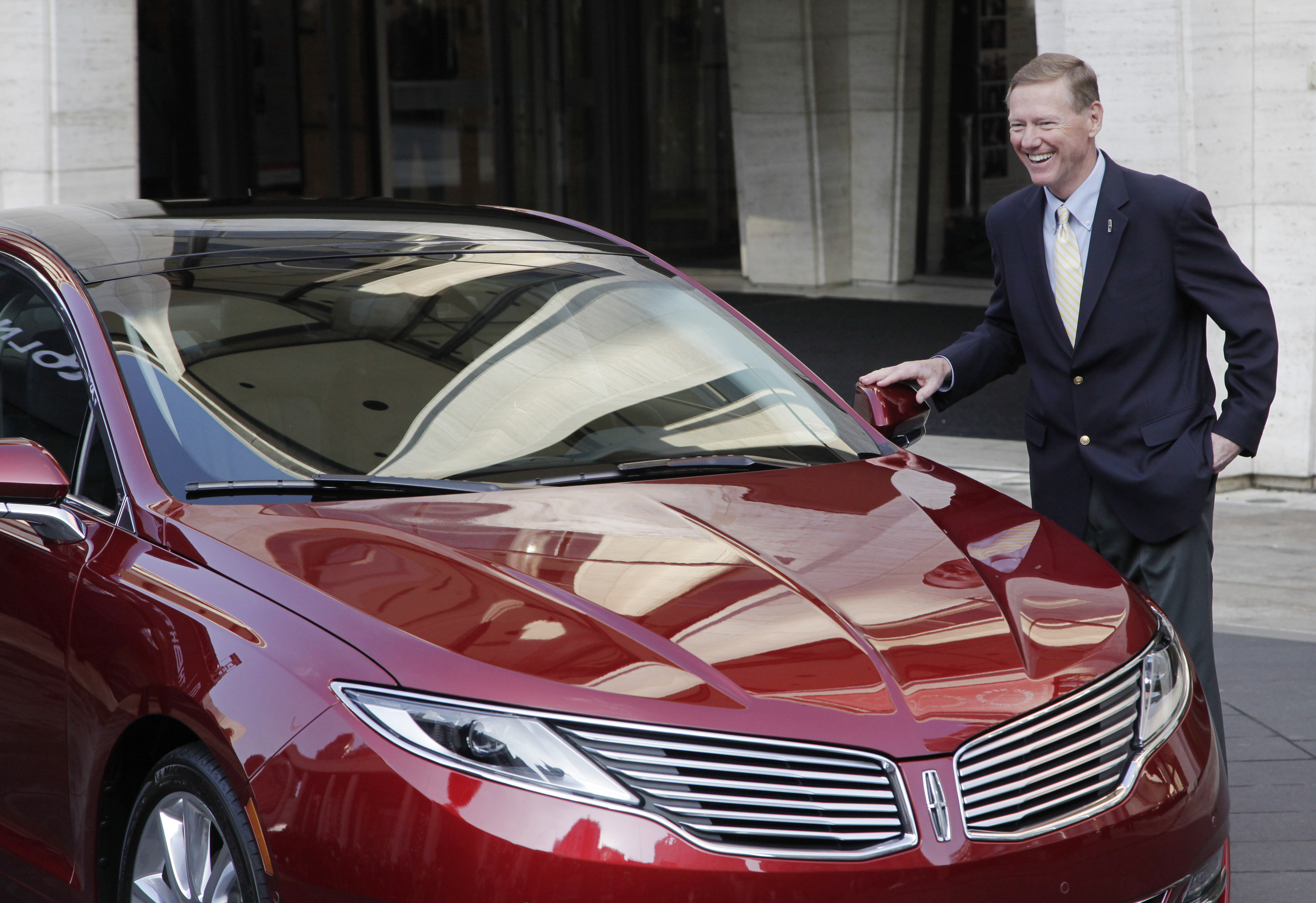 Ford Aims For Lincoln Rebound With New Cars Ads The Blade