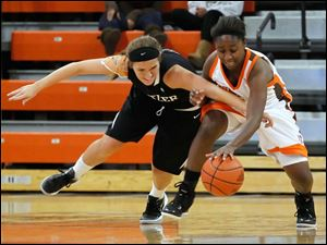 Butler's Taylor Schippers gets the ball stolen by BGSU's Jasmine Matthews.