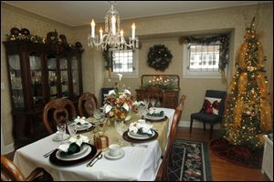 Decorated dining room of John and Dawn O'Donnell on Richmond Rd. in Toledo. This home is being featured on the Westmoreland Holiday Home Tour & food drive.