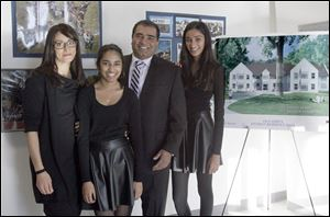 The Dayal family, Anisha Dayal, Maya Dayal, Dr. Ned Lakshmi- pathy, and Sukanya Dayal, attend the groundbreaking ceremony. Their contribution helped make the residence hall possible.