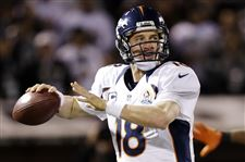 Broncos-Raiders-Football-Manning