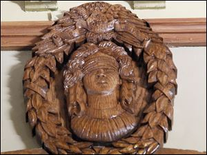 One of two medallions in the The Van Wert County Courthouse.