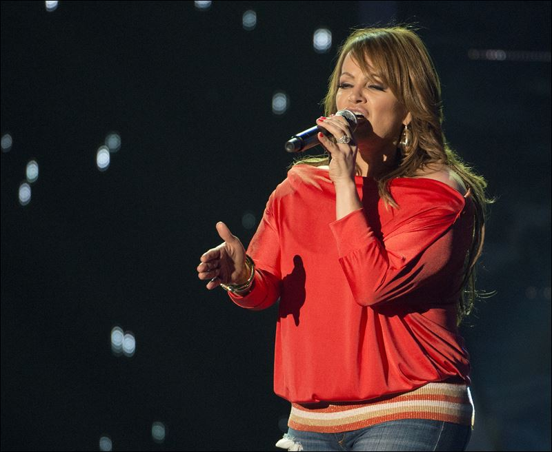 music news plane carrying singer jenni rivera missing in mexico