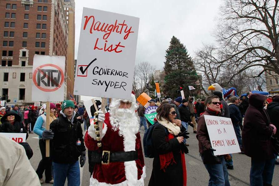 CTY-righttoworkprotest-santa