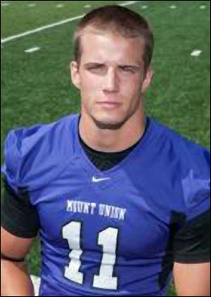 Mount Union wide receiver Shannon Stewart graduated from Elmwood High School.