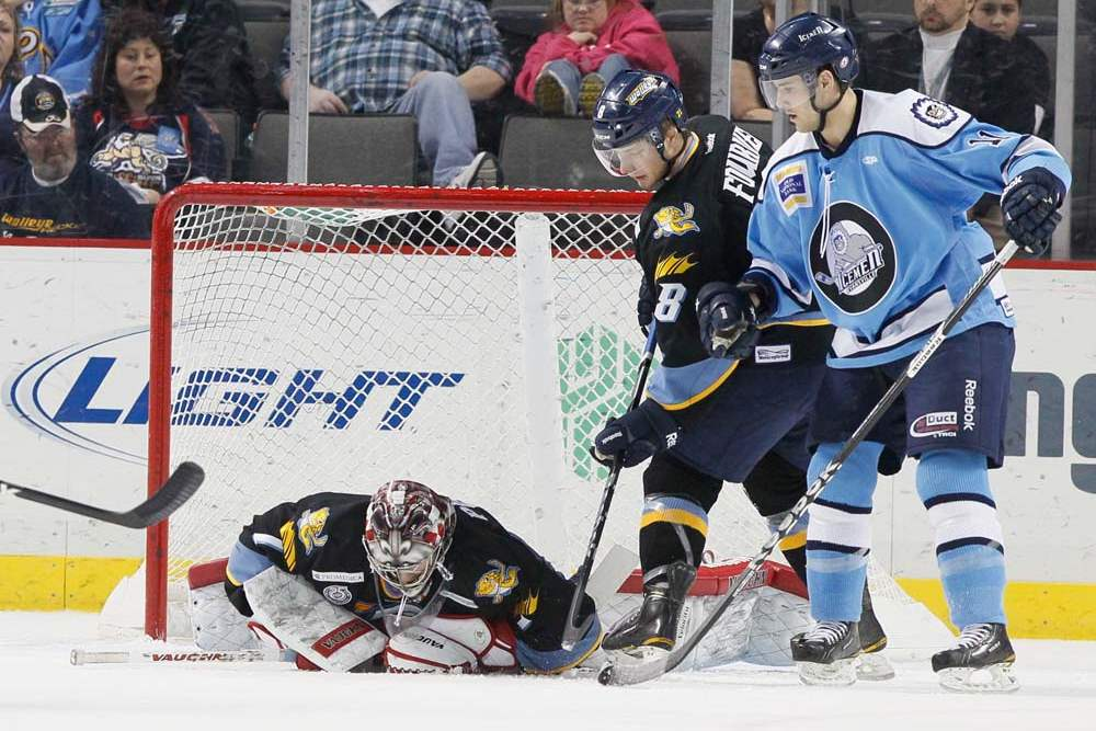 Walleye-Icemen-Jordan-Pearce