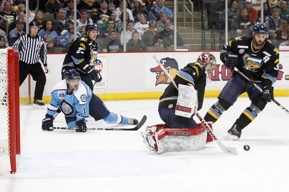 Walleye-Icemen-blocked-shot