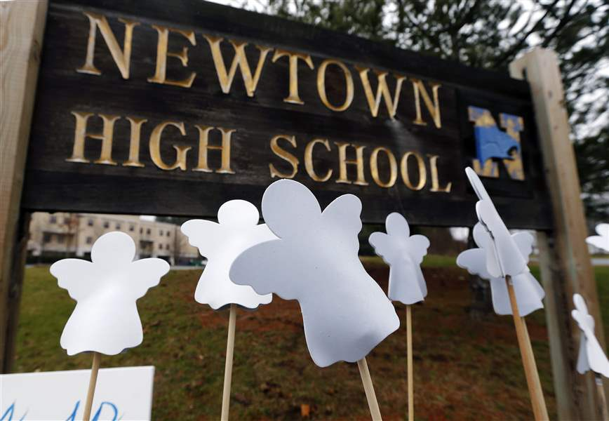 Connecticut-School-Shooting-62