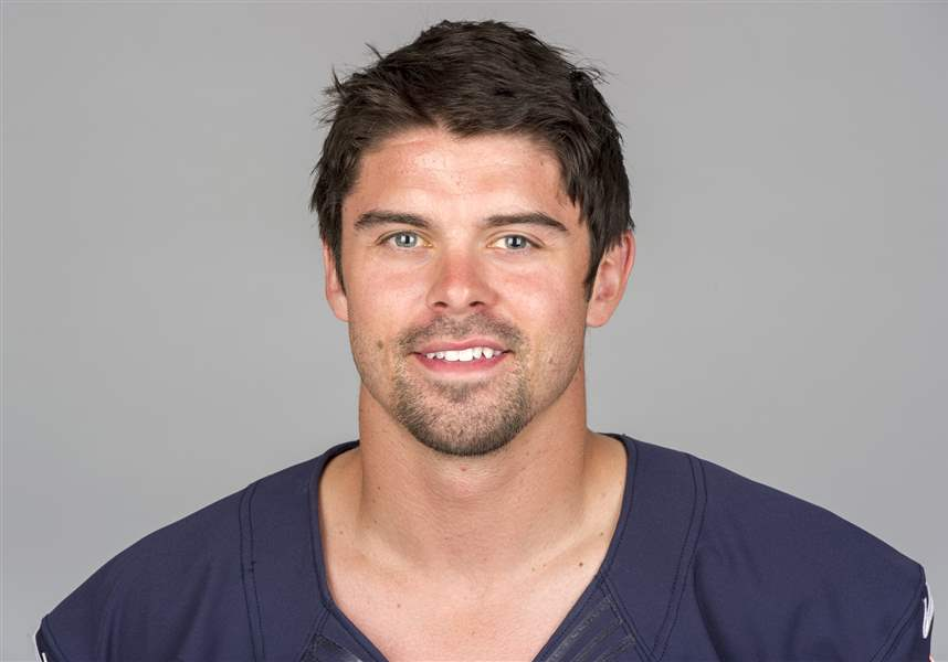 Chicago-Bears-2012-Football-Headshots-Sanzenbacher