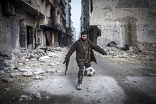 APTOPIX-Mideast-Syria-rebel-fighter