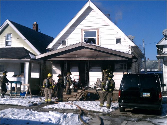 pearl street fire Fire crews work on a house fire at 270 E. Pearl St. in North Toledo.