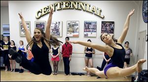 Alana Lesnansky of Youngstown, left, and Lauren Fahlman of Canton, Mich., audition for Cedar Point's Live Entertainment Division.
