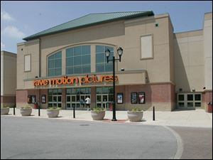 The Rave Motion Pictures Fallen Timbers 14 in Maumee.
