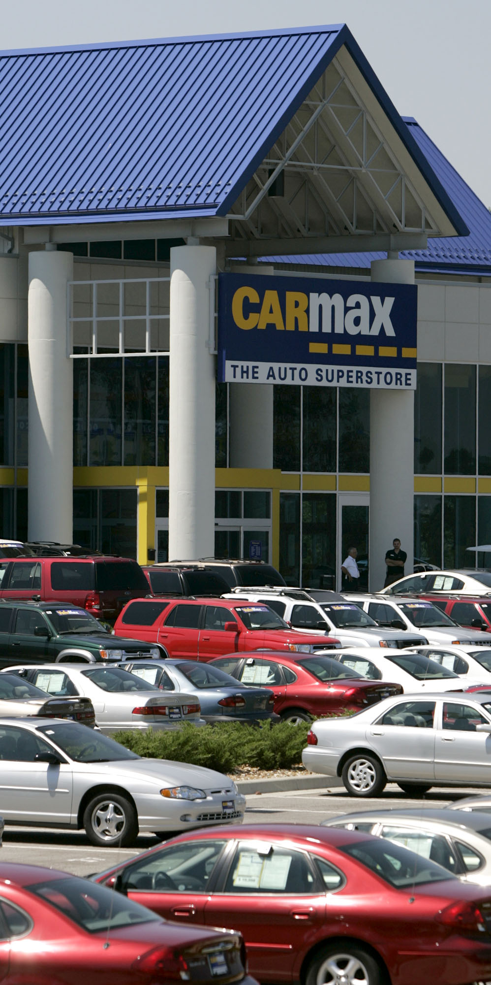 Carmax clears property on w central avenue the blade