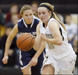 Maddy Williams, a senior, averages 8.6 points and leads the team with 3.4 assists per game.