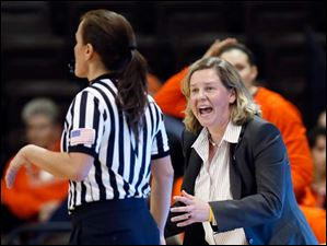 Bowling Green State University head coach Jennifer Roos argues a call during a game against Kent State.