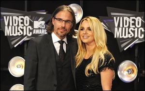 Jason Trawick and Britney Spears broke off their yearlong engagement.