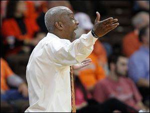 Bowling Green State University head coach Louis Orr protests a call during the second half against Eastern Michigan University.