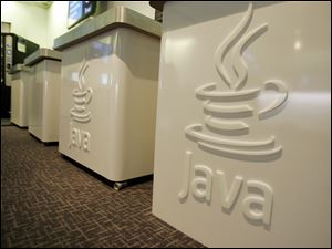 Oracle Corp released an emergency update to its widely used Java software for surfing the Web on Sunday, days after the U.S government urged PC users to disable the program because of a bug it said made computers vulnerable to attack by hackers.