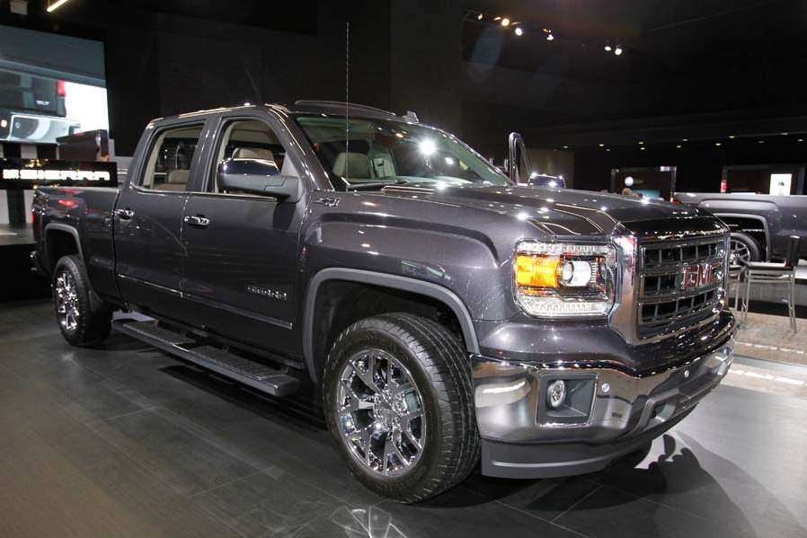 BIZ-AutoShow15p-The-2014-GMC-Sierra