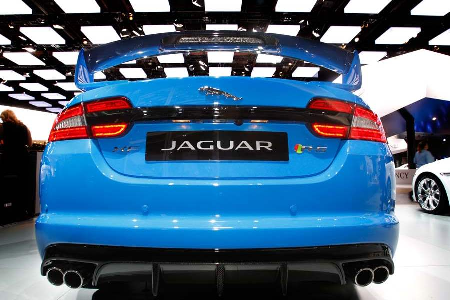 The-Jaguar-XF-RS
