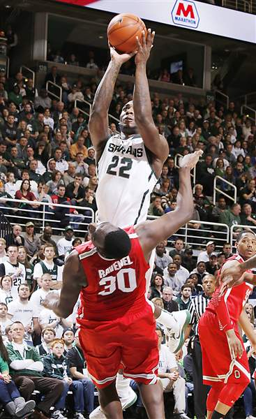 OSU-MSU-Branden-Dawson-goes-up