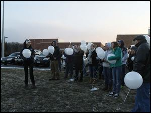 The count down begins before the balloon release.