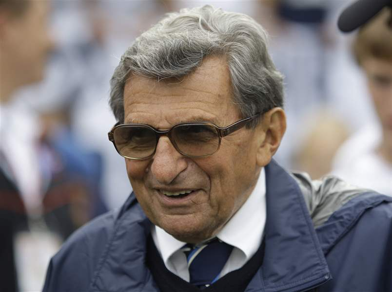 Penn-State-Paterno-Football-2