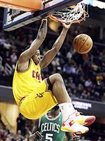 Tristan-Thompson-dunk-Cleveland
