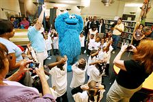 Cookie-Monster-head-start