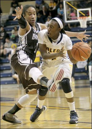 Toledo's An­dola Dortch is one of six left-handed players on the roster. She's tops among lefties at 11.4 points per game.