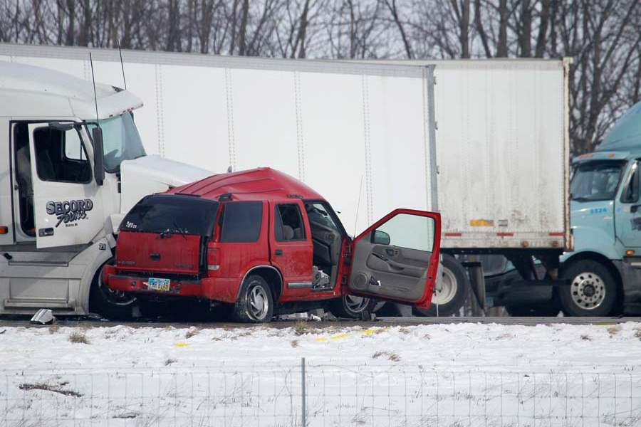 CTY-us24crash05p-suv