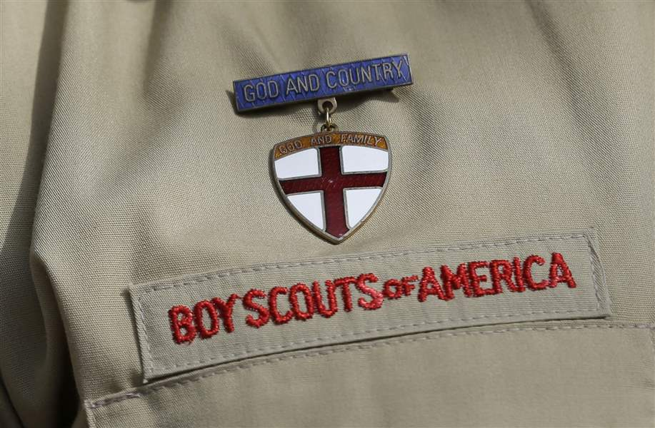 Gays-in-boy-scouts