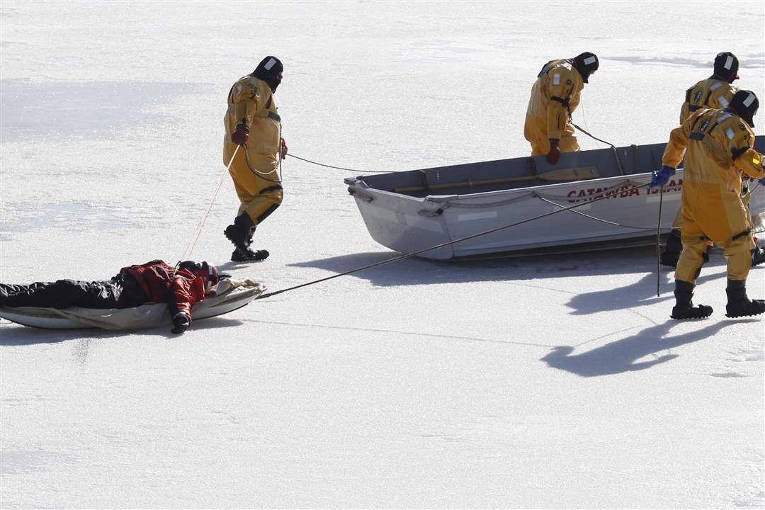 Ice-rescue-exercise-victim