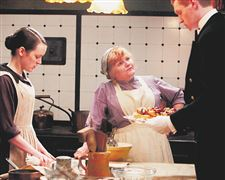 Cook-Mrs-Patmore-Lesley-Nicol-center