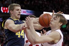Michigan-Wisconsin-Basketball-2