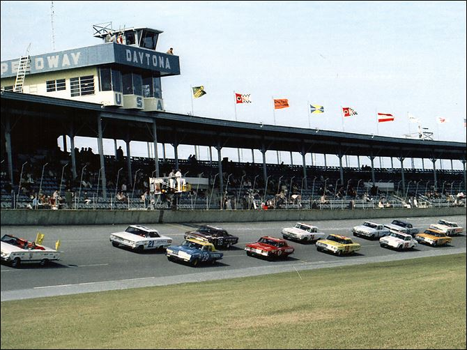 Daytona ARCA Start 1964 The Daytona ARCA 250 gets under way in 1964. The race was won by Nelson Stacy. The 50th Daytona race takes place on Saturday.