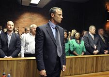 APTOPIX-South-Africa-Pistorius-Shooting-2
