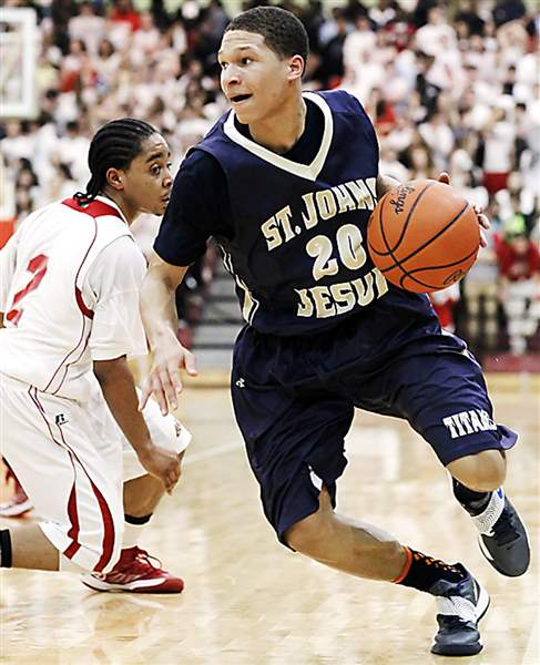 St-John-s-player-Tyler-Thompson