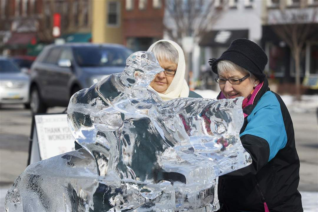 ice-carvings-Kathleen-Farquharson