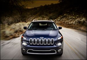 Headlight styling on the new 2014 Jeep Cherokee Limited is drawing divisive, early reactions. Few details about the Liberty's replacement had been given until now.