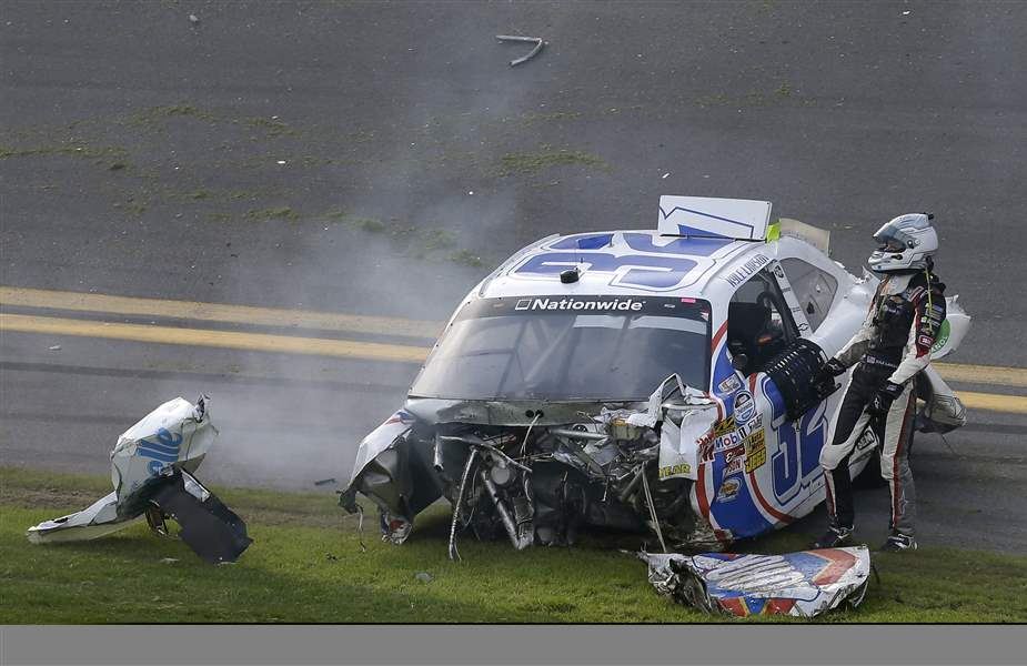 NASCAR-Daytona-Nationwide-Auto-Racing-4