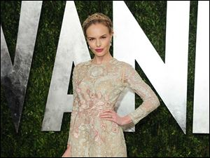 Actress Kate Bosworth arrives at the 2013 Vanity Fair Oscar Party.