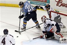 Toledo-Walleye-Forward-Pat-Knowlton