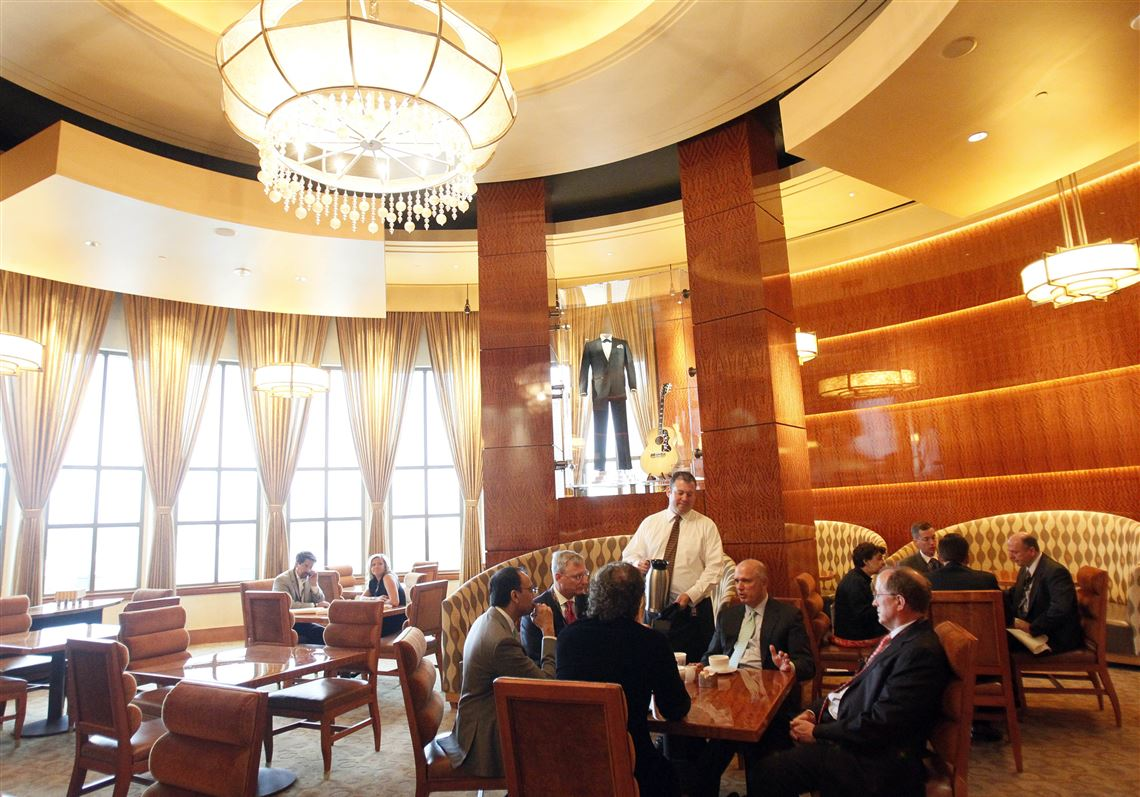 Forbes Travel Guide Judges Took Note Of The Final Cut Steak Seafood Restaurant S Plush