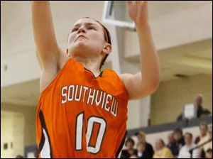 Southview sophomore guard Bailey Hejl (10) puts in a layup during the first half against Notre Dame at Central Catholic.